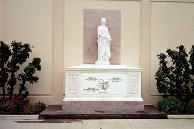 Liberace at Forest Lawn Hollywood Hills