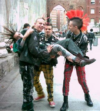 El Disfraz De La Juventud Los Punk