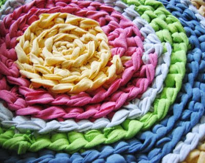 recycle ideas: crochet rug
