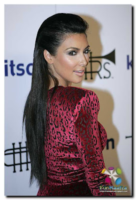 Kardashian Clothing Line on Kim Kardashian        Rich Soil    Fashion Line Launch In Los Angeles