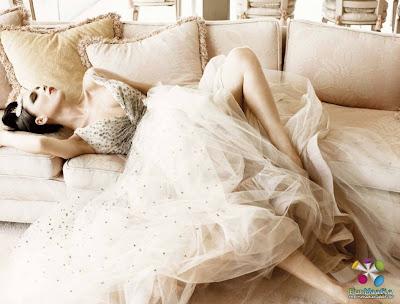 Hollywood Bites: Victoria Beckham on Elle Magazine October ...