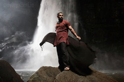 Raavan New Stills
