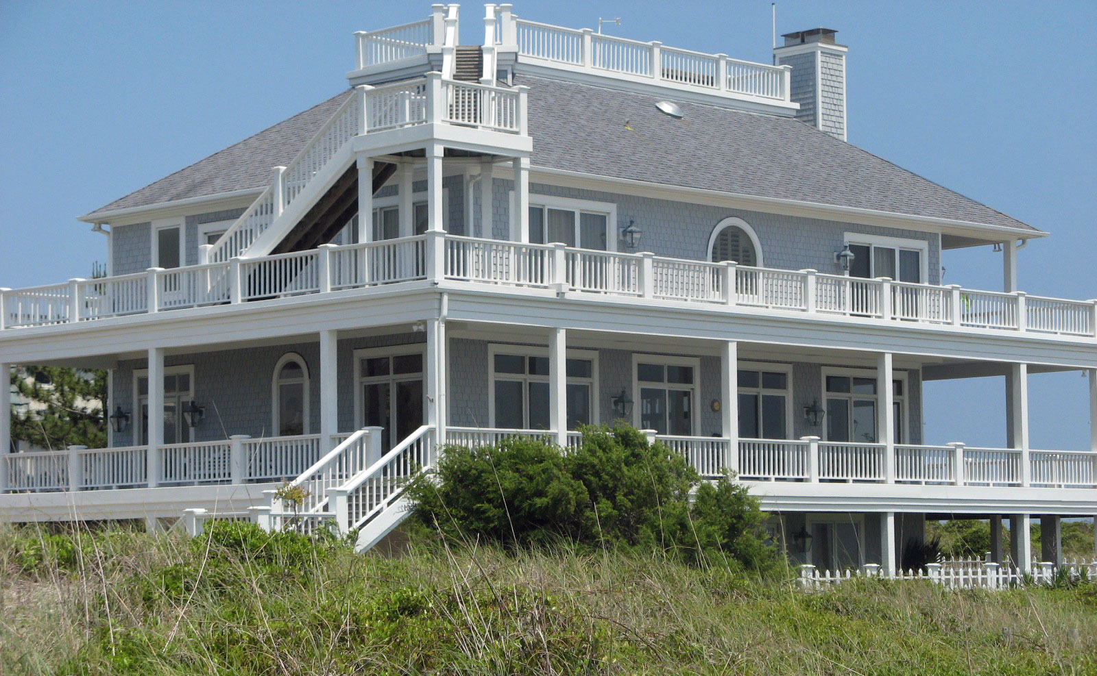 Travel myrtle beach south carolina for Beach house builders