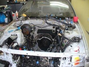 Démontage du compartiment moteur