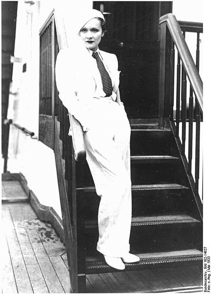 nos answers scandalous 1930s marlene dietrich katherine hepburn 1940s marlene dietrich pants