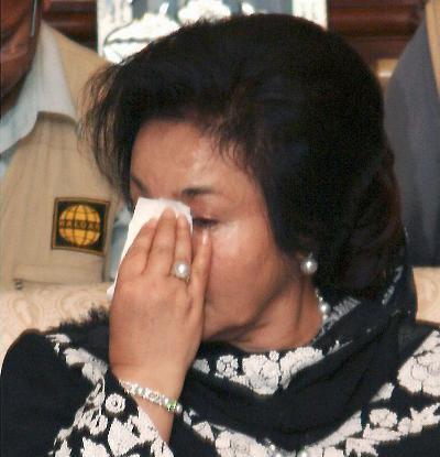 """sebenar Perdana Menteri Malaysia! Menangis """"kesyukuran"""" kerana doa dan"""