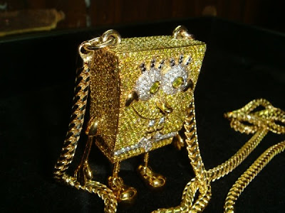 marilyn lil vert s ben chain insane reveals verts manson custom uzi chains baller