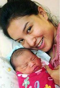 Gambar Nur Aini Farhana Fauzi, Anak Lisdawati & Fauzi Nawawi
