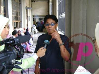A.R. Badul dan isterinya Muna Liza Basir | PERKAHWINAN, news, scandal, gossip, Weddings, Families, Divorces of Celebrities