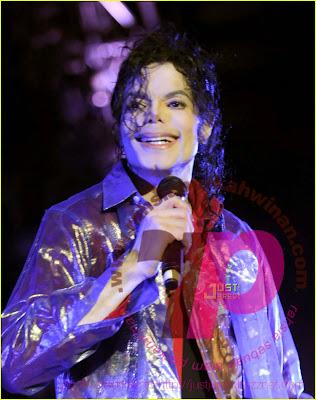 michael jackson final rehearsal picture | Gambar Terakhir Michael Jackson | Michael Jackson Video | Michael Jackson Music | Micahel Jackson Last Photo | Remembering Michael Jackson (1958-2009)