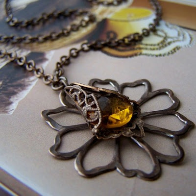 Flowered Necklace from Etsy Shop torque