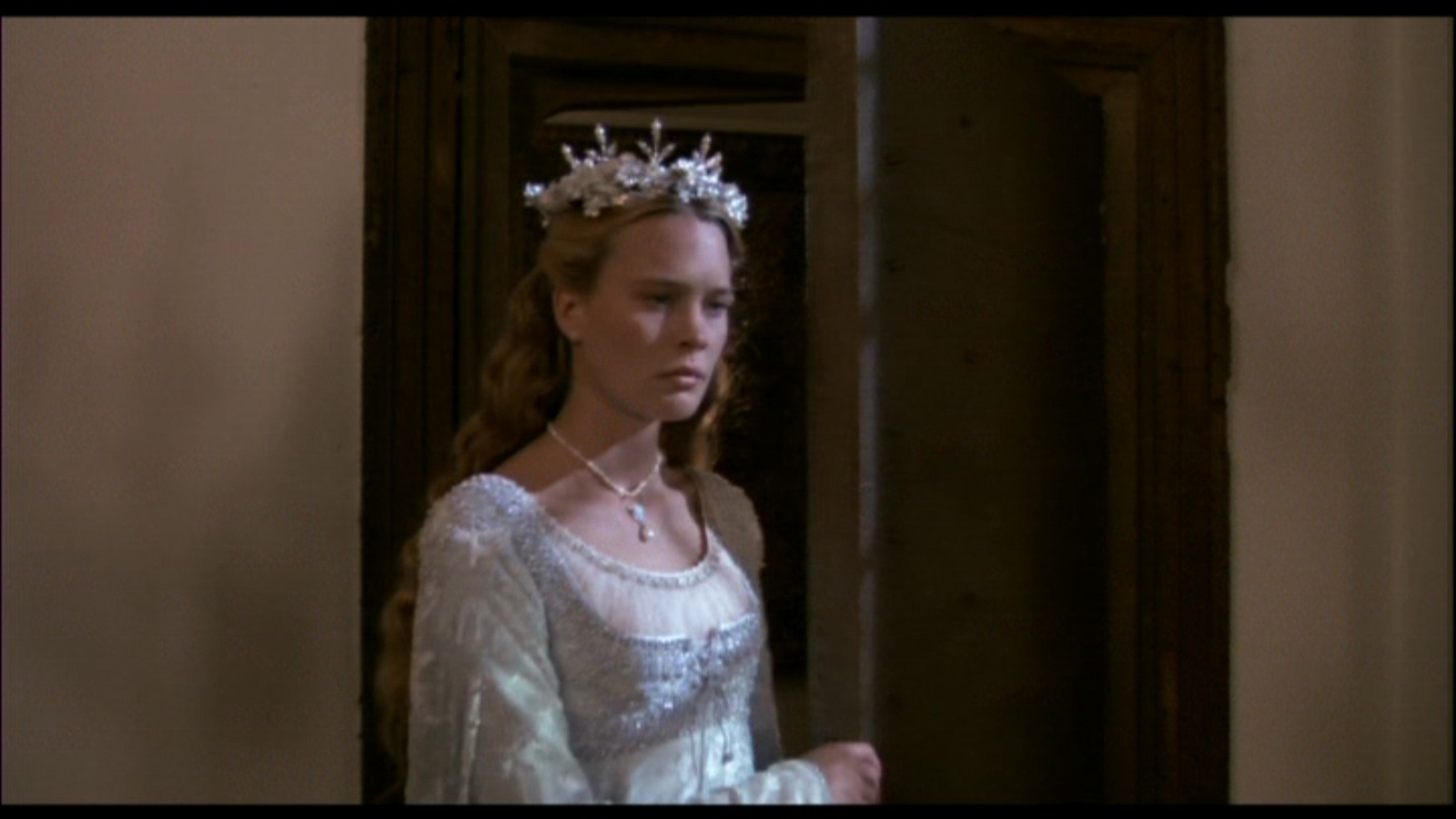 The Story of a Seamstress: The Princess Bride Wedding Dress