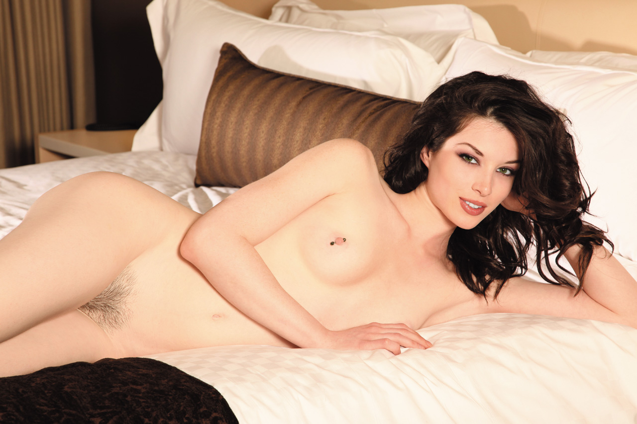 http://1.bp.blogspot.com/_r11BbjqR09I/TGTS0IqugPI/AAAAAAAABMI/fE0PKiqgMow/s1600/Stoya.jpg