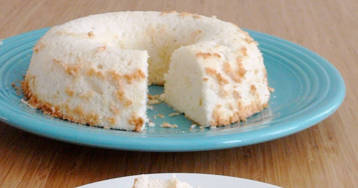 Cake With Whipped Cream Storage : Baked Perfection: Angel Food Cake with Fresh Whipped Cream ...