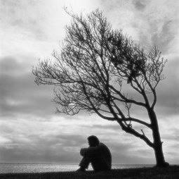 http://1.bp.blogspot.com/_r1bLQ0y_u1Q/SpYgbL7EAFI/AAAAAAAAAAo/bHyPHhbYG-k/s320/lonely-man.jpg