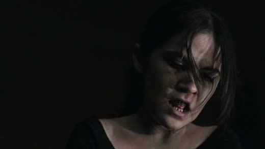 La Huerfana (Español Latino) (DVDRip) (2009)