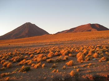 le licancabur au coucher du soleil
