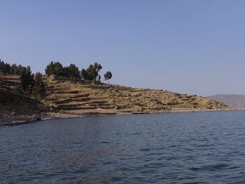 l'île Amantani et ses terrasses