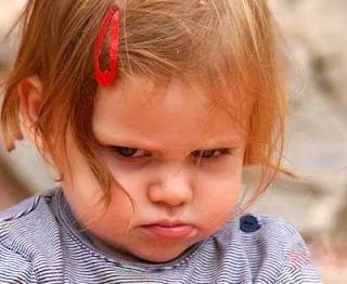 http://1.bp.blogspot.com/_r4TtEjsyQAQ/SAbWH1Q5GcI/AAAAAAAAAbQ/y52OUE9XJhA/s320/angry.jpg