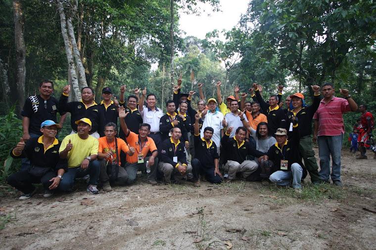 Dato'Zainol Fadzi Bin Hj Paharudin bersama  Marshall & Official Event yang terlib