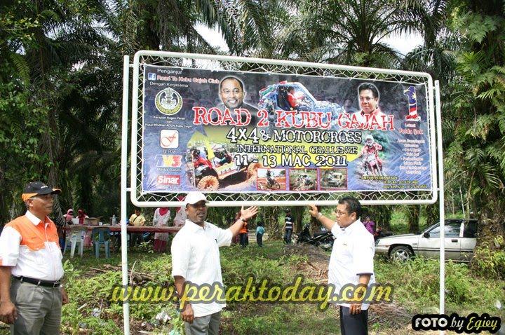 MB & Dato kt Banner 4x4