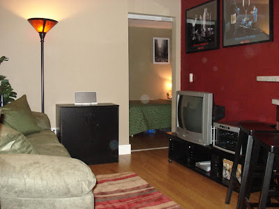 Cheap Living Room on Ups Behind The Two Pictures  The Living Room Is So Small You Need One