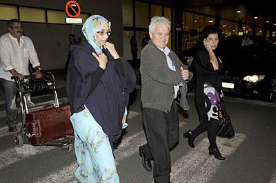Aminetu Haidar regresa a España para someterse a un chequeo médico