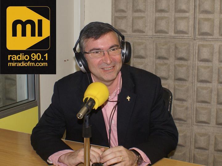 SINTONIZA MI RADIO FM. Pincha en la foto