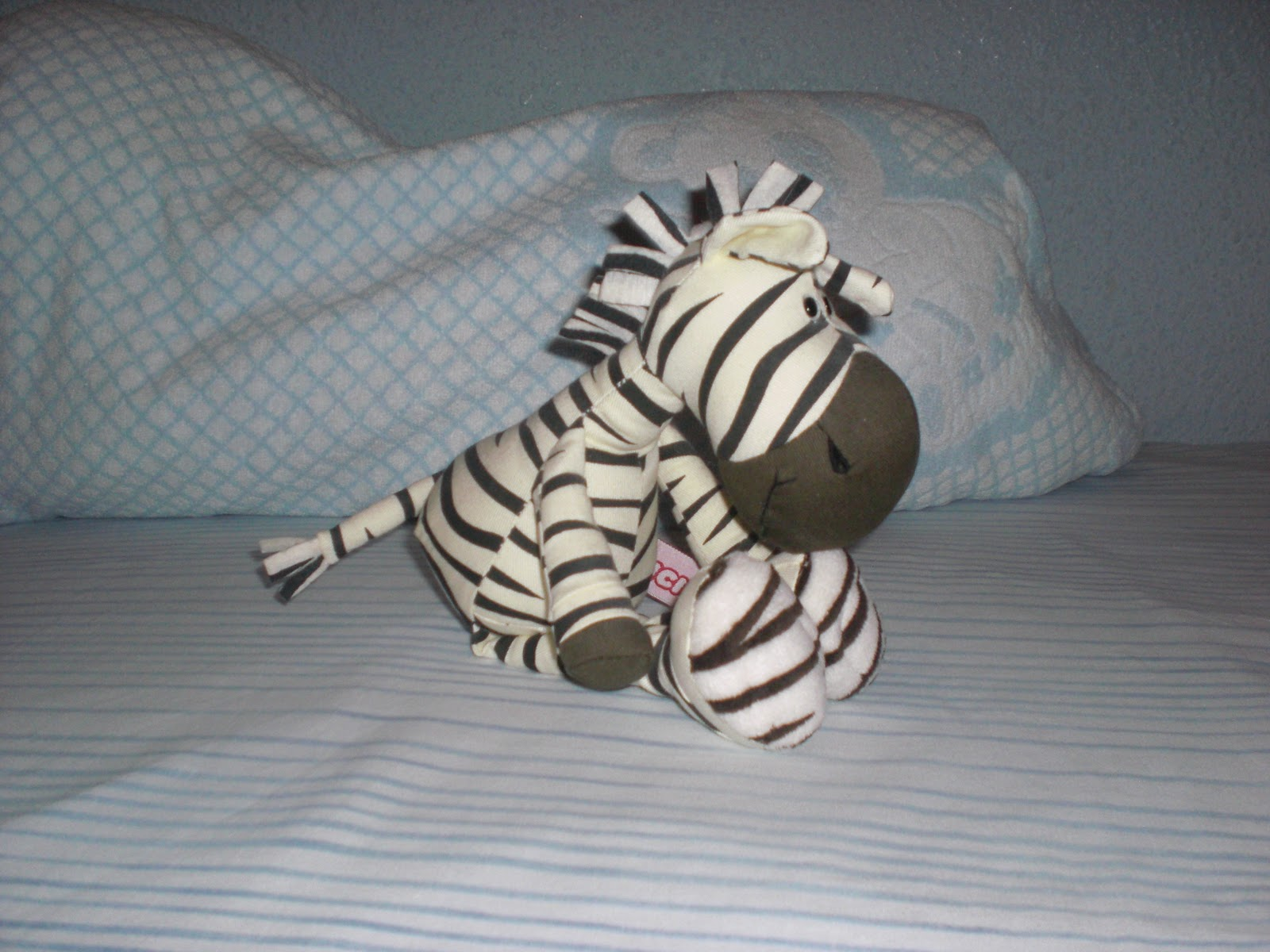 Mis peluches: La cebra - My stuffed animals: Zebra