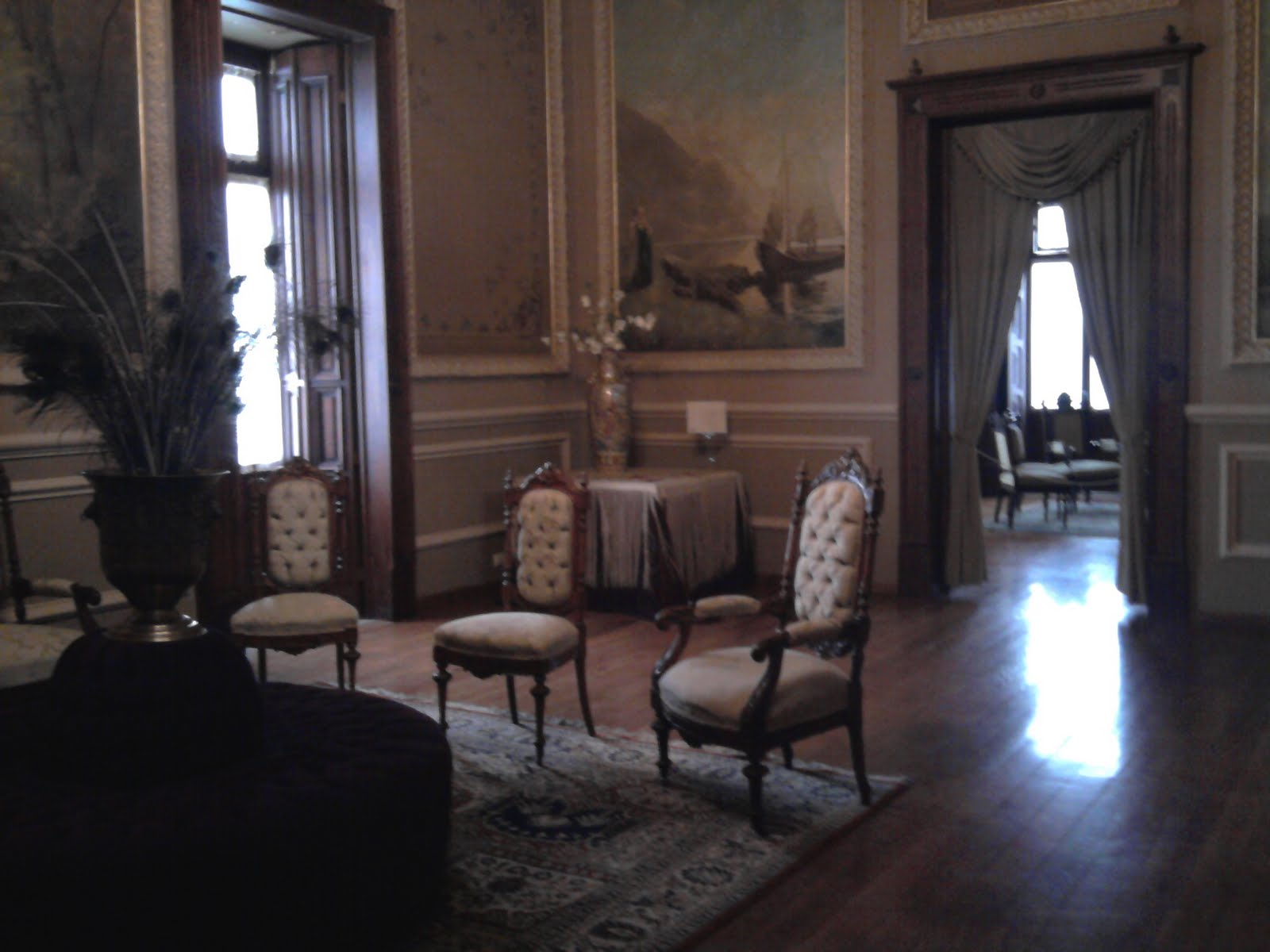 Fotos de sala de estar antiga id ias for Sala de estar antigua