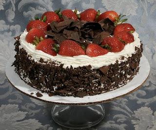 strawberry chocolate cakes pic