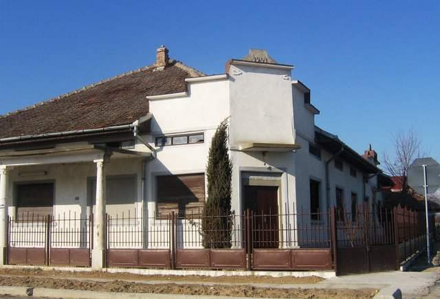 Casa Stuparu (fost camin cultural -sediu CAP)
