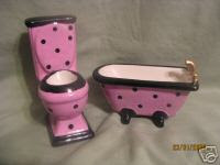 designer toilet seats AND BATHTUB !! FUN!!