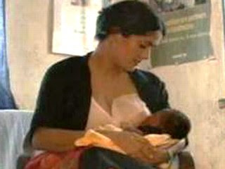 salma hayak breastfeeding