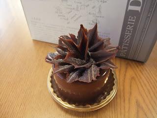 DOEL高槻店のチョコレートケーキ、アマデウス