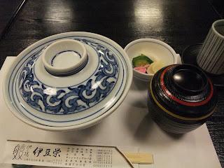 伊豆榮の鰻丼