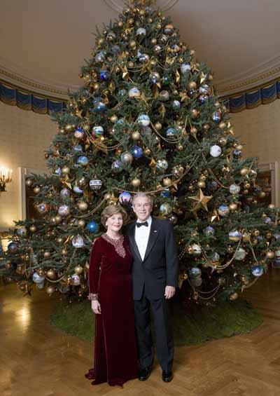 Deck The Holiday 39 S History Of The White House Christmas Tree