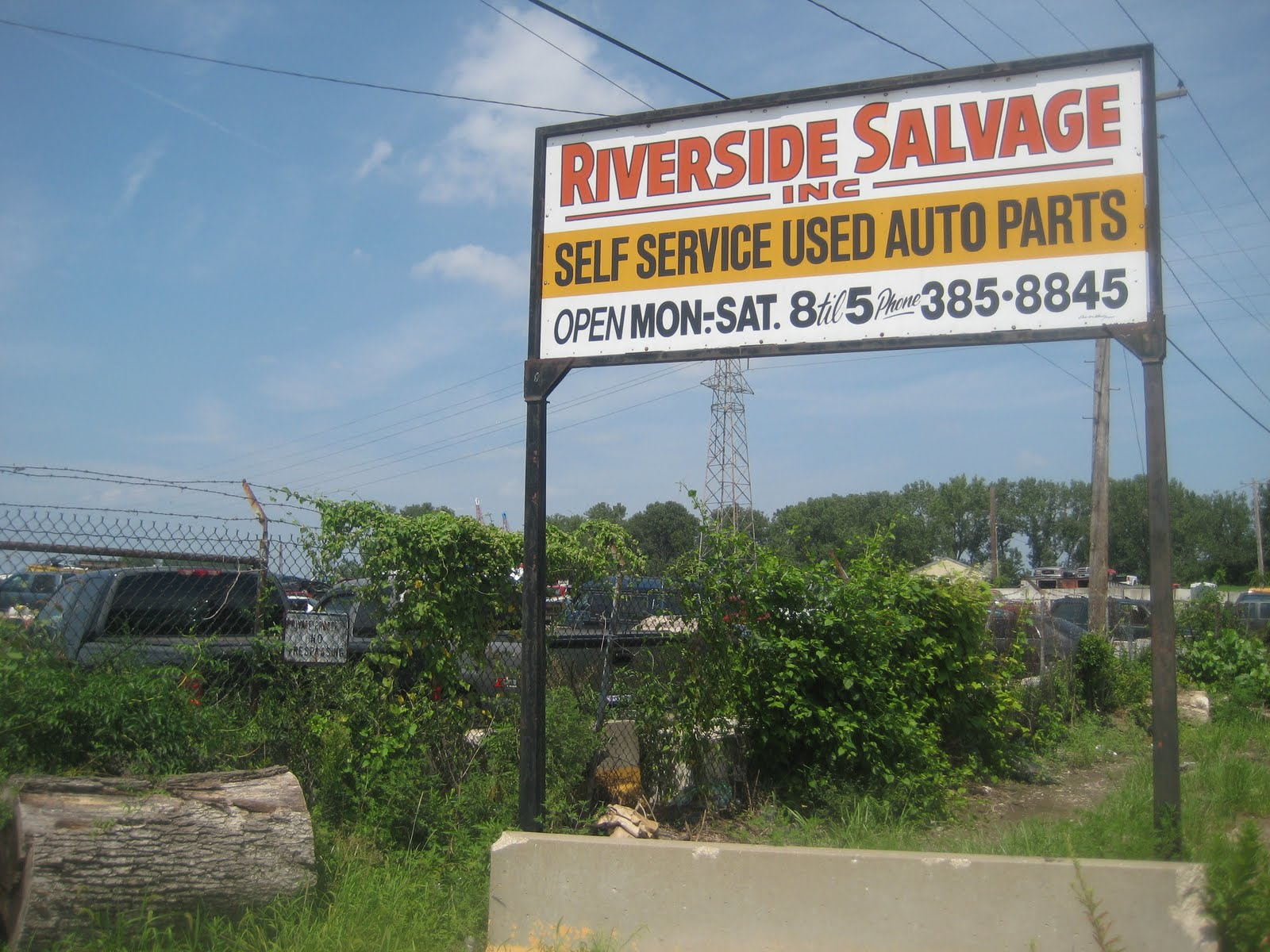 Riverside Auto Salvage >> One Guy S Guide To St Louis Riverside Salvage