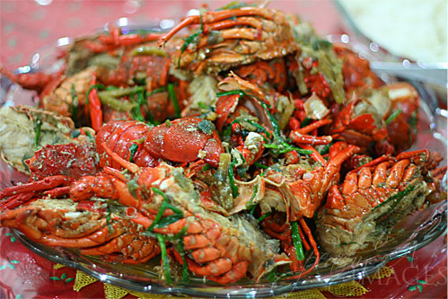 Lobsters in Oyster Sauce