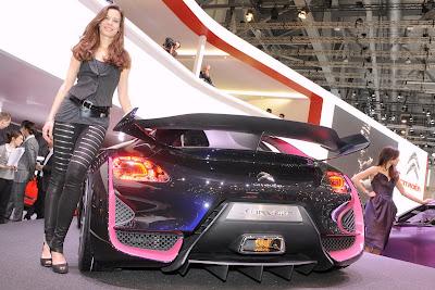 sexy-babes-Geneva-motor-Show-2010