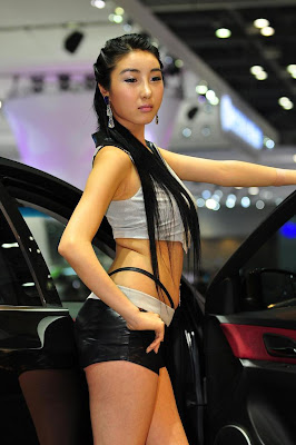 Miss-Motor-Show-automotive-2009