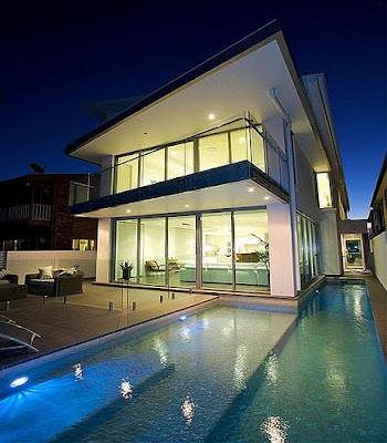 Private-beach-house-with-modern-contemporary-architecture-illumination-and-swimming-pool