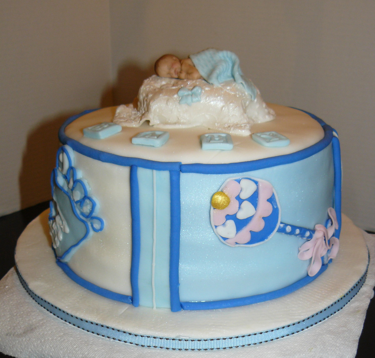 The woodlands cake boutique baby boy shower for Baby cakes decoration ideas