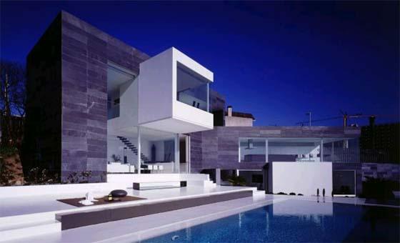 My sim style la extructura triangular shape house de a - Rafael llamazares arquitecto ...