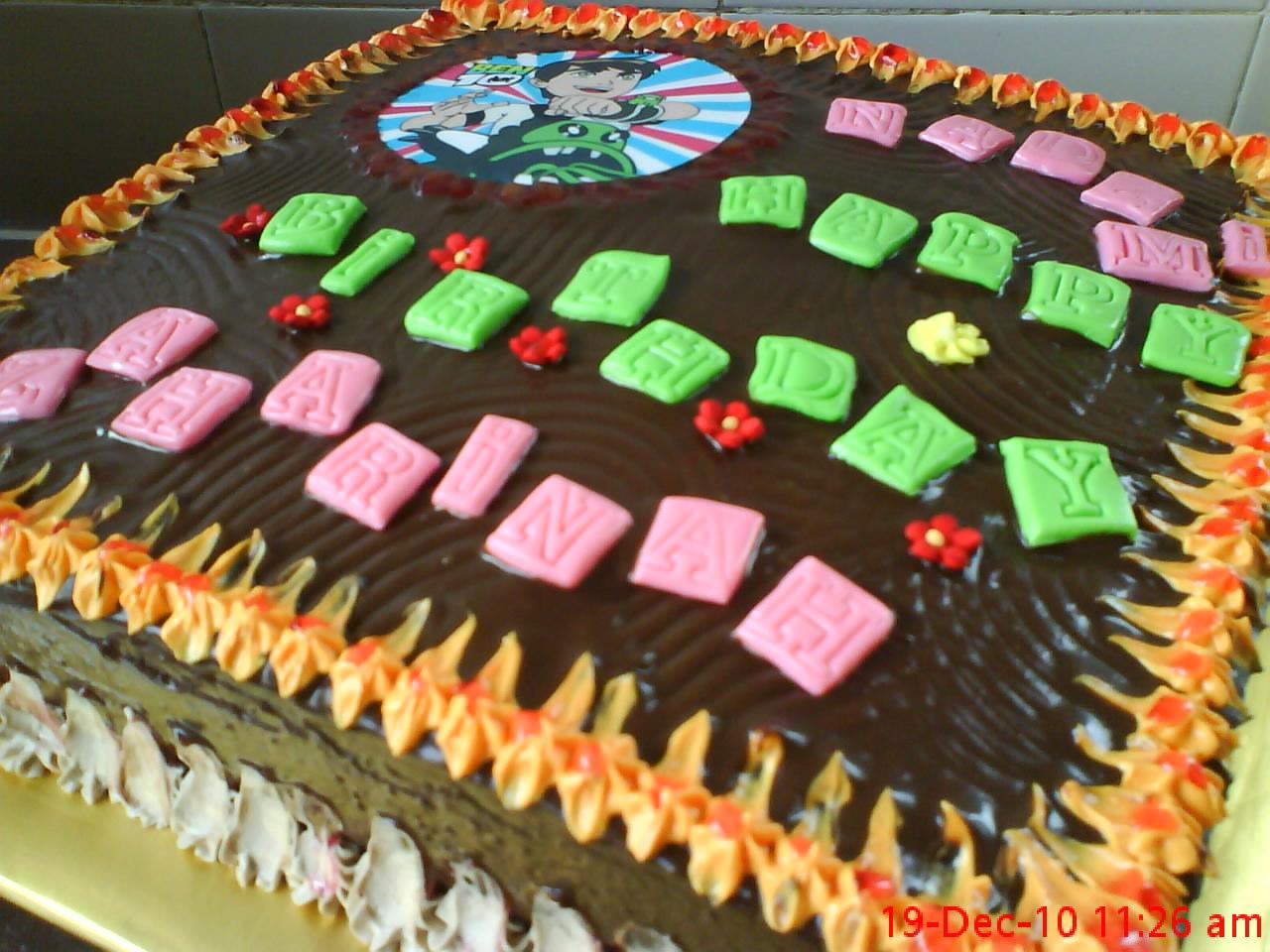 ADNAZTHIE-KEK: Kek coklat lembap untuk birthday Zaharinah dan anaknya ...