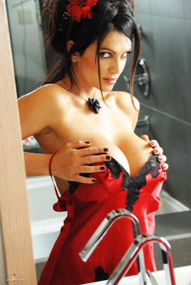 Denise Milani Sexy Moment Picture