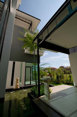 A Fresh And Modern Residence Design