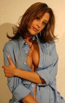 ashlee Ricci topless