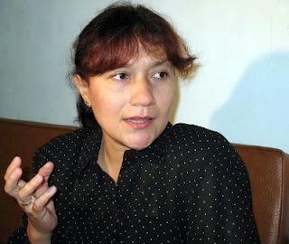 kiki maria perjuangkan hak waris dari ibunya, kiki fatmala