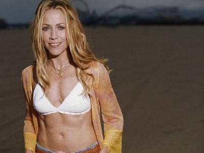 Hollywood Actress Sheryl Crow in Bikini